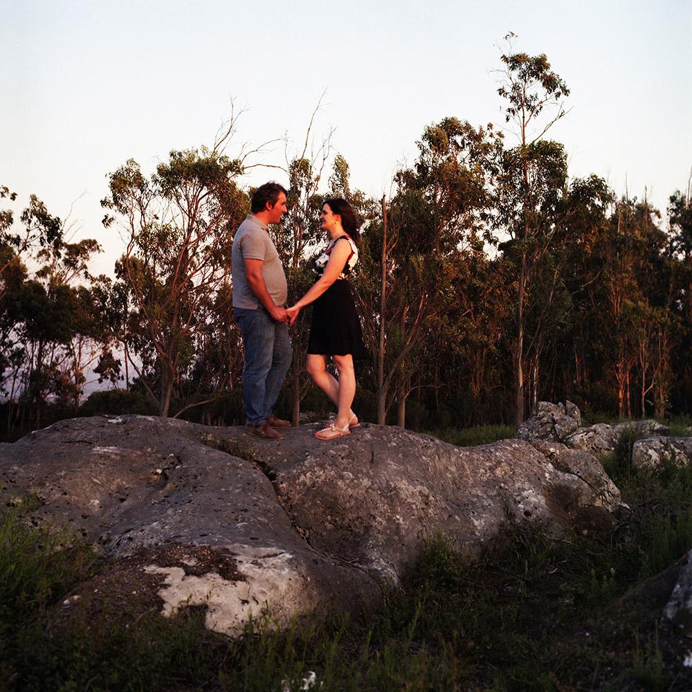 Casal no campo
