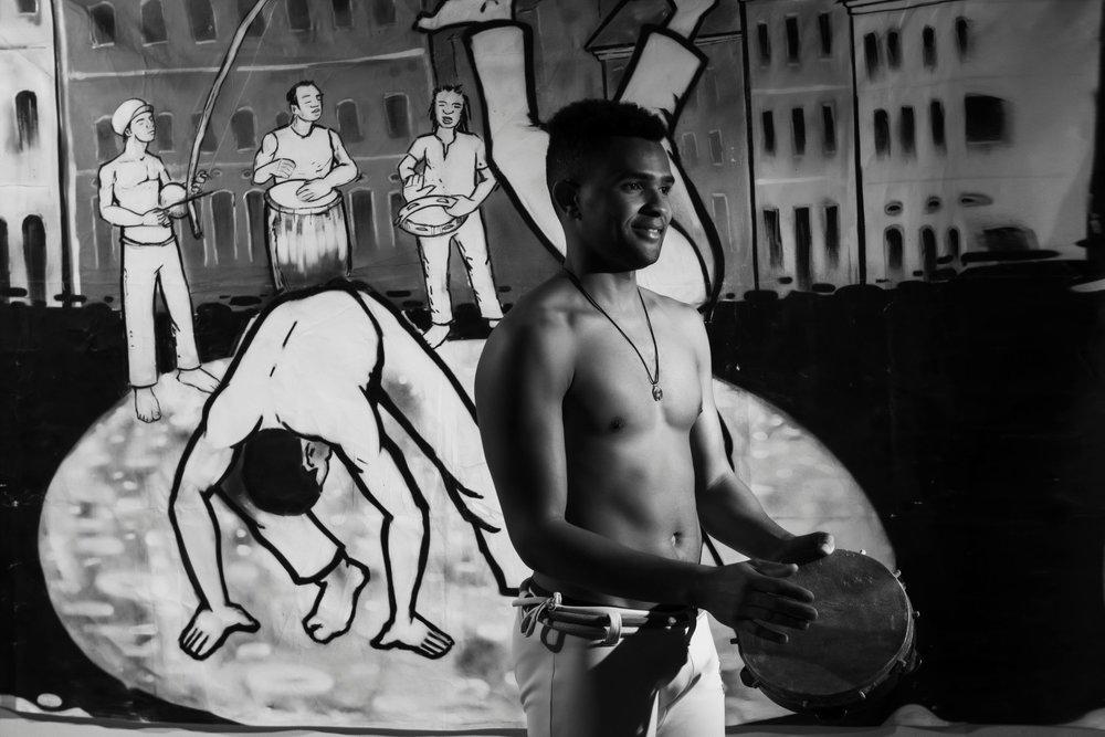 Play Pandeiro capoeirista