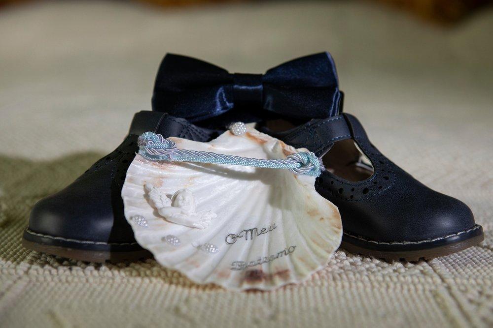 Sapatos e concha