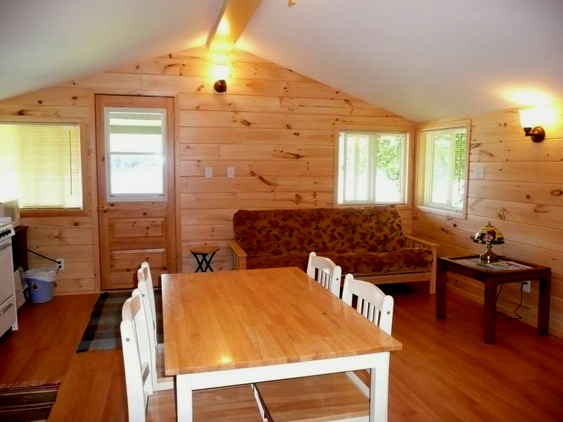 2 Bedroom Max capacity for two bedrooms 4 (+1) 1 Night Stay: $189 Summer Season 2 Nights Package: $350 Additional Nights: $135 Long Weekends (3 nights minimum) : $495 Weekly Rate (7 days) : $995