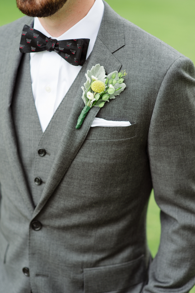 groom detail at Oak Hill