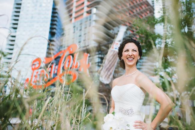 bride at famous Pepsi sign, LIC, Queens
