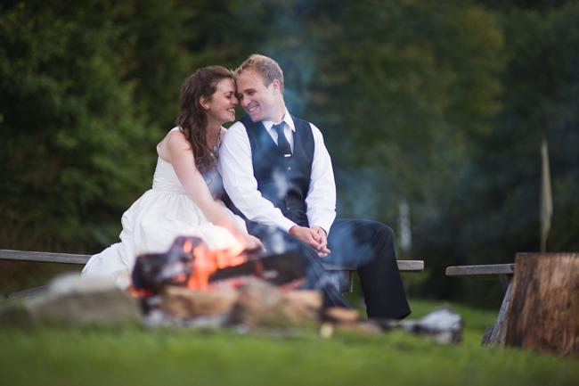 vermont wedding campfire