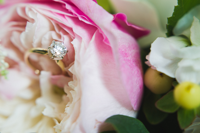 wedding ring, macro, flowers