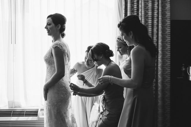 artful wedding photojournalism