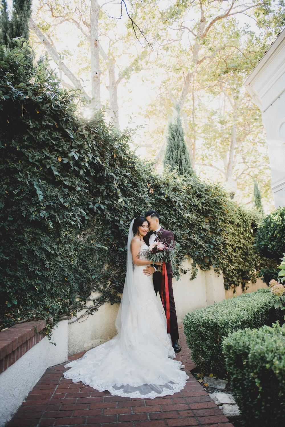 THE DETAILS - DRESS: ALLURE BRIDALSPHOTOGRAPHER: LIZ ZIMBELMAN PHOTOGRAPHYVENUE: VIZCAYA