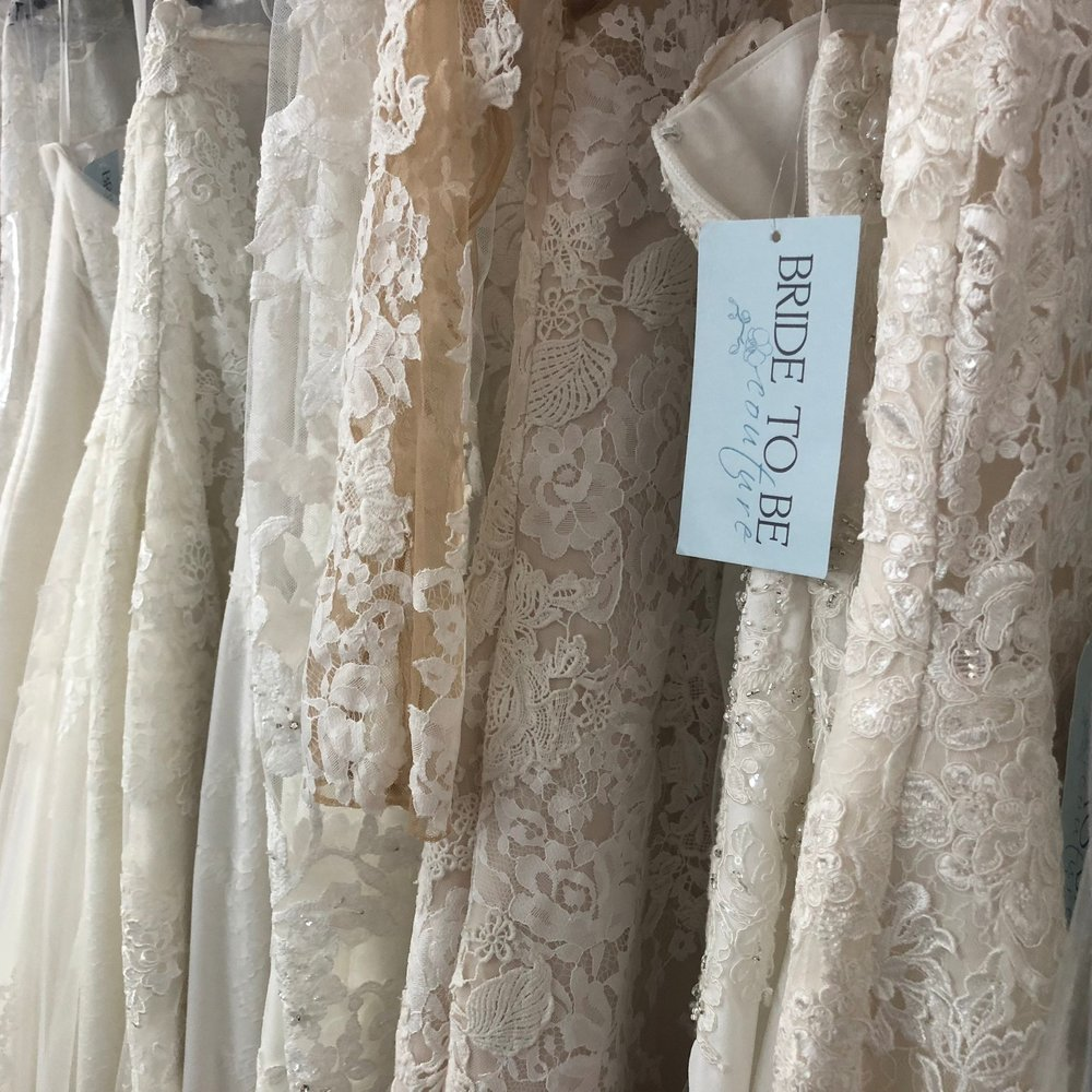 Sample Shop Appointment - Duration: 60 minutesIf you have a close wear date, or are looking to score an amazing deal on designer wedding gowns, we now have the perfect option for you! Browse our SAMPLE SHOP to view our available inventory, and let us know which gowns you are interested in trying on.
