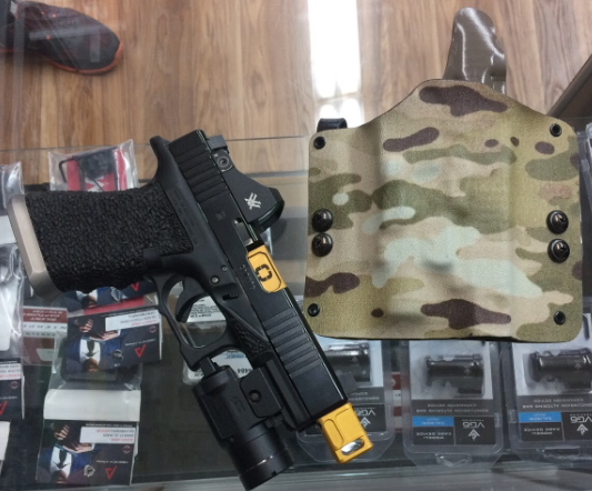 Multicam Kydex.PNG