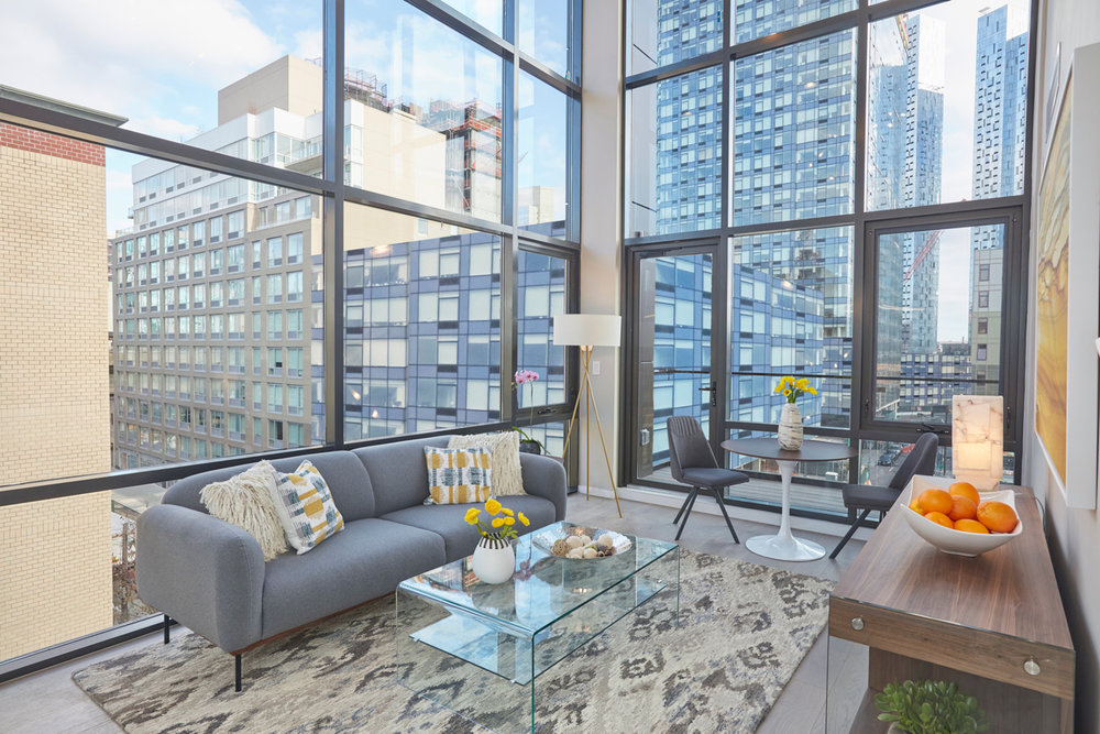 arcadia-lic-livingroom.jpg