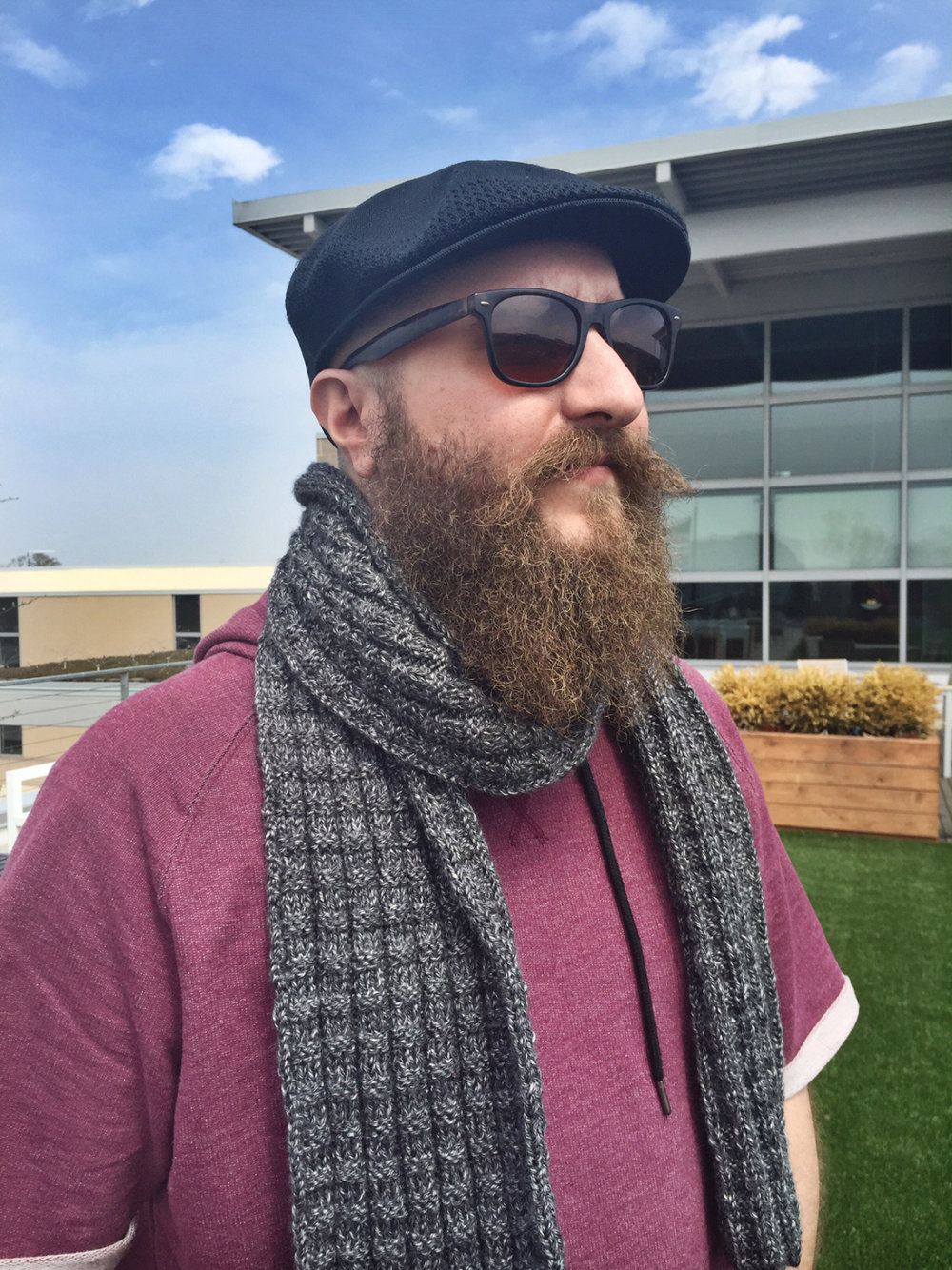 men's gray knit scarf -