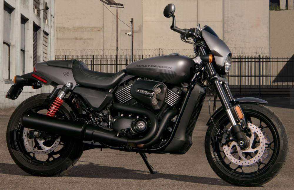 Motorcycle Review: Harley-Davidson Street Rod — The Motorcyclista