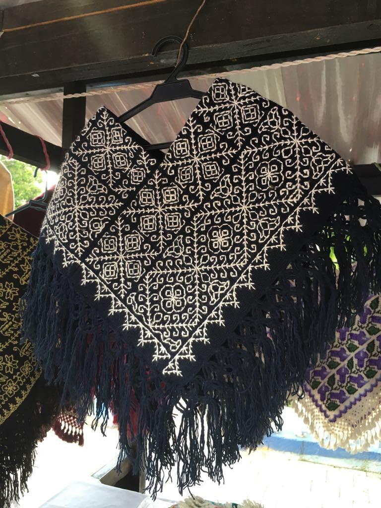 Quexquemetl, black - $85