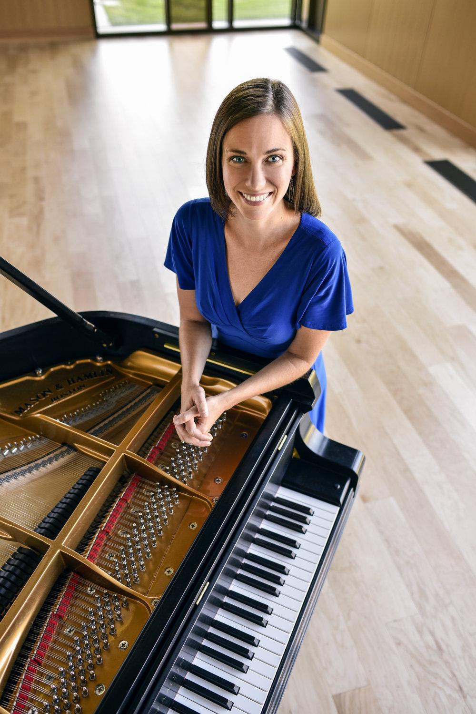 Mary Trotter, Piano