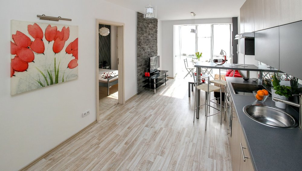 apartment-2094666_1920.jpg