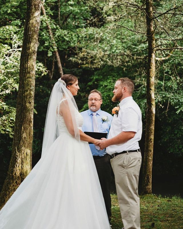 I love outdoor mountain weddings! What a beautiful ceremony Danielle and John had. . . . #kristinthomasphotography #wedding #ceremony #ashevillewedding #ashevillenc #828isgreat #wnc #avl #ashevillephotographer #ashevilleweddingphotographer #brideandgroom #gettingmarried #ido #rusticwedding #mountainwedding