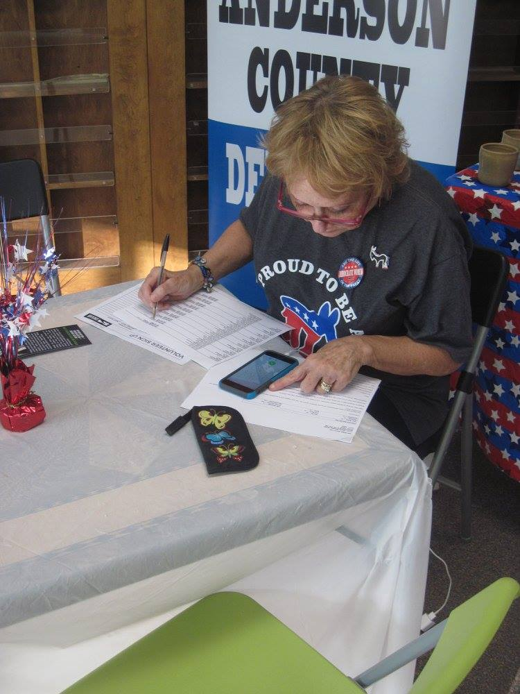 Shekari phone bank Nancy H.jpg
