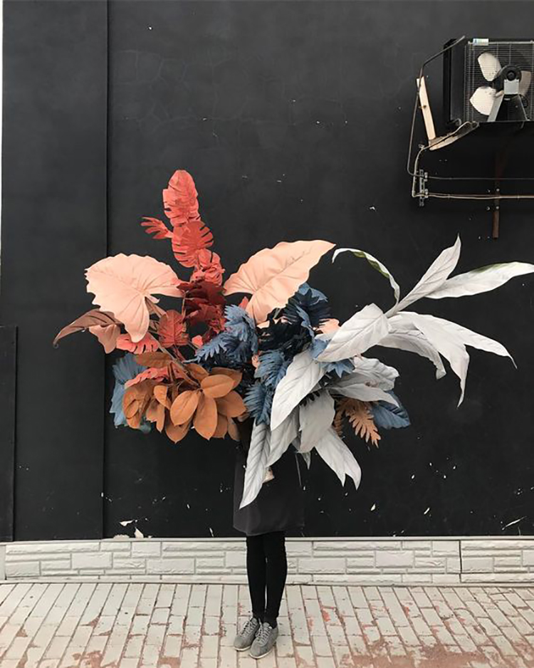 2019 Wedding Trend: Painted Foliage