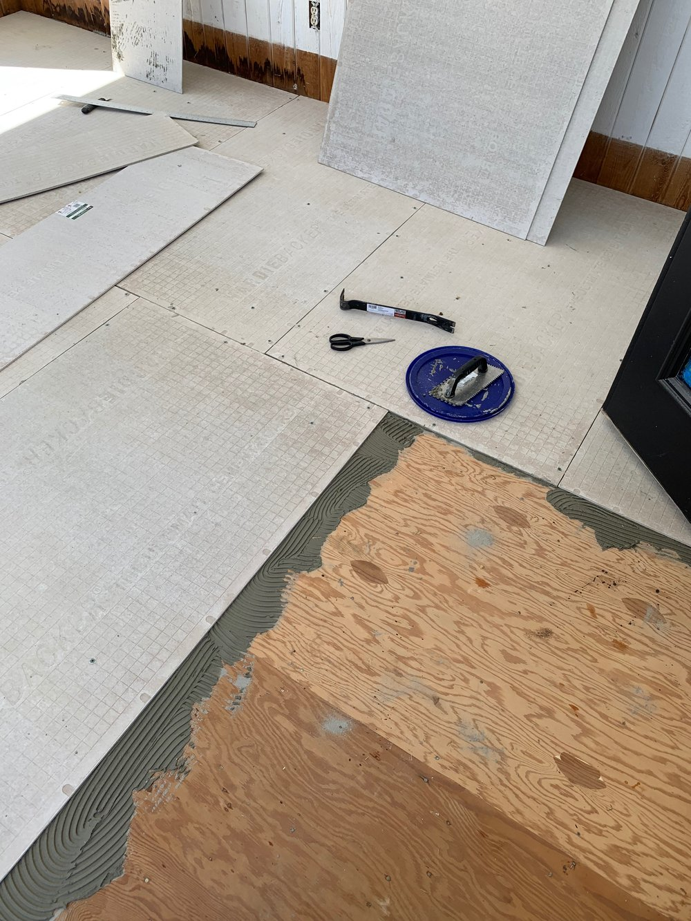 How to prep a wood subfloor for tile