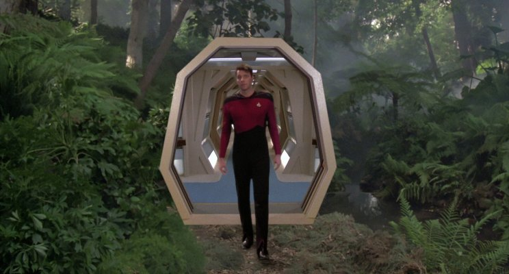 Commander Riker searches for Data in the Holodeck, ST-TNG Enconter at Farpoint