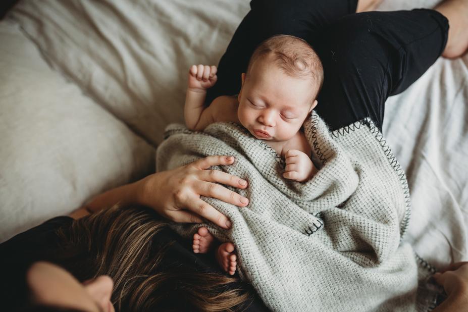 Newborn photography melbourne in home lifestyle sleeping newborn details