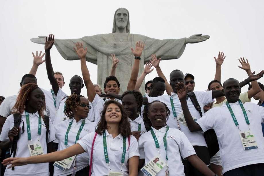 920x920 Refugee team in Rio