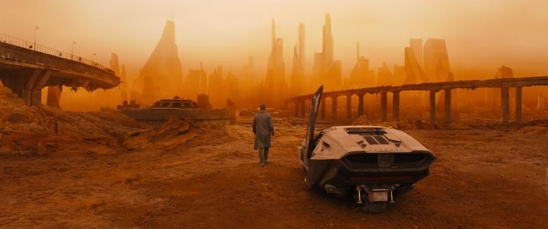 A  Blade Runner  takes a  2049  detour to a post-apocalyptic Las Vegas.