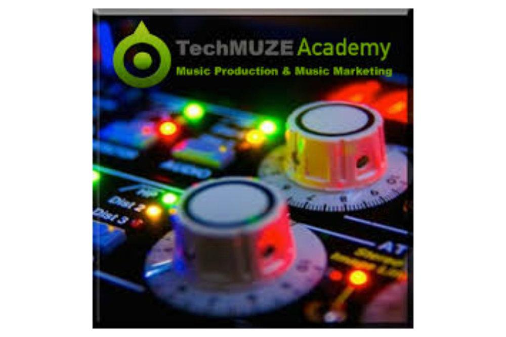 Tech2.jpg