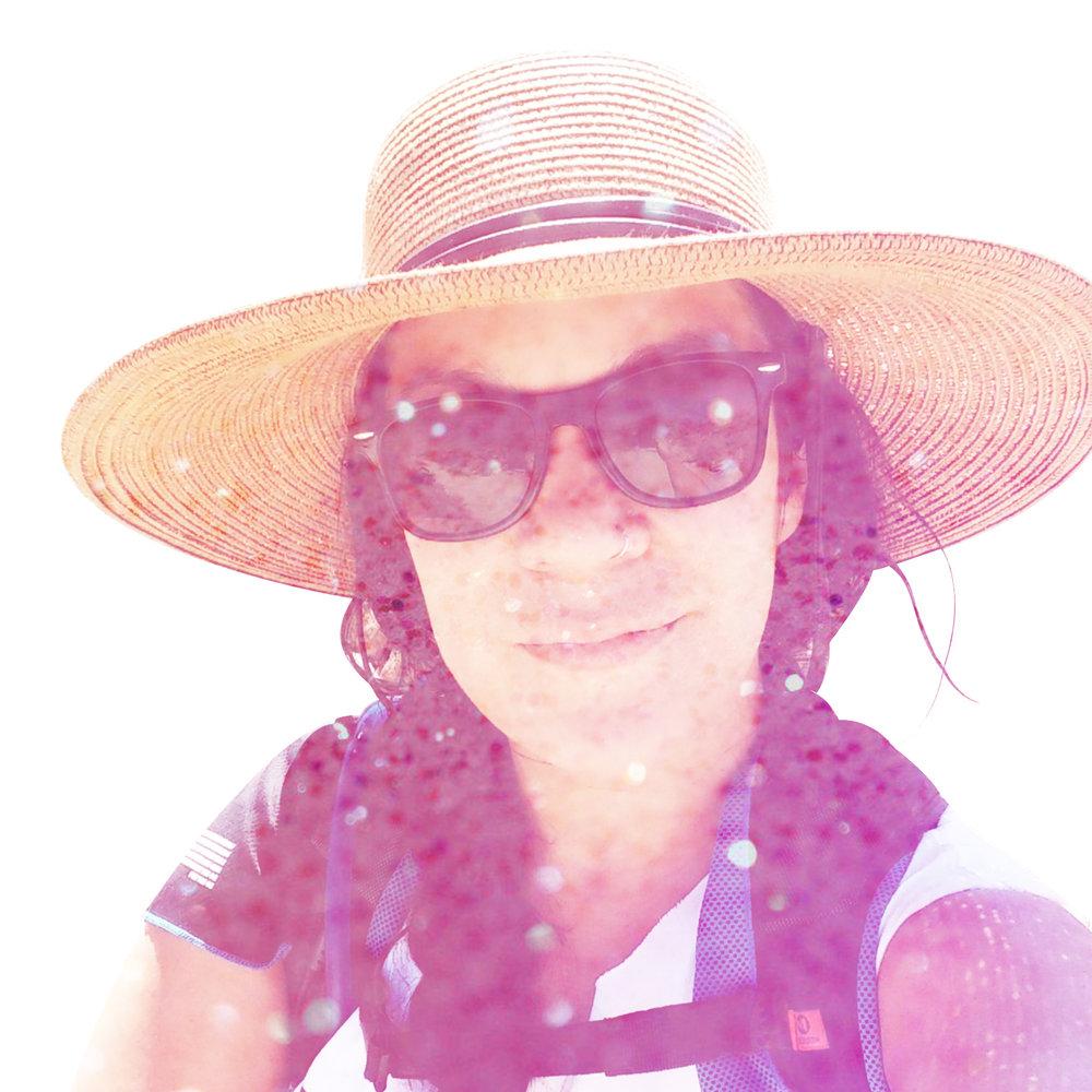 Jacqueline-square_r1a.jpg