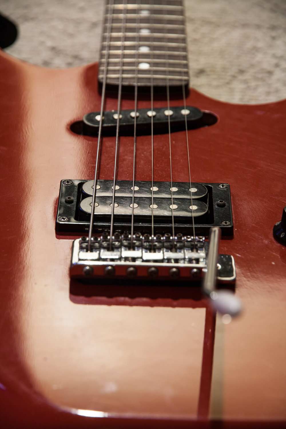 I was able to source a whammy bar, this required a much larger diameter than the usual strat trem arms.