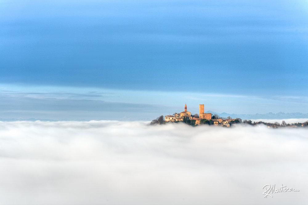 02-Nazzano-Castle-190mm.jpg