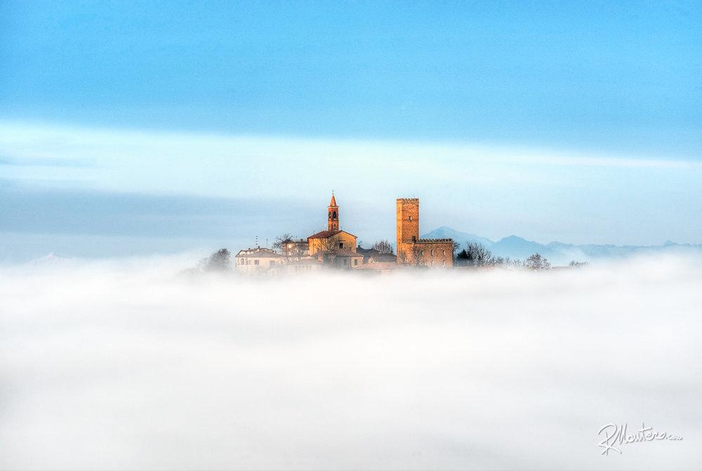 07-Nazzano-Castle-400mm-b.jpg