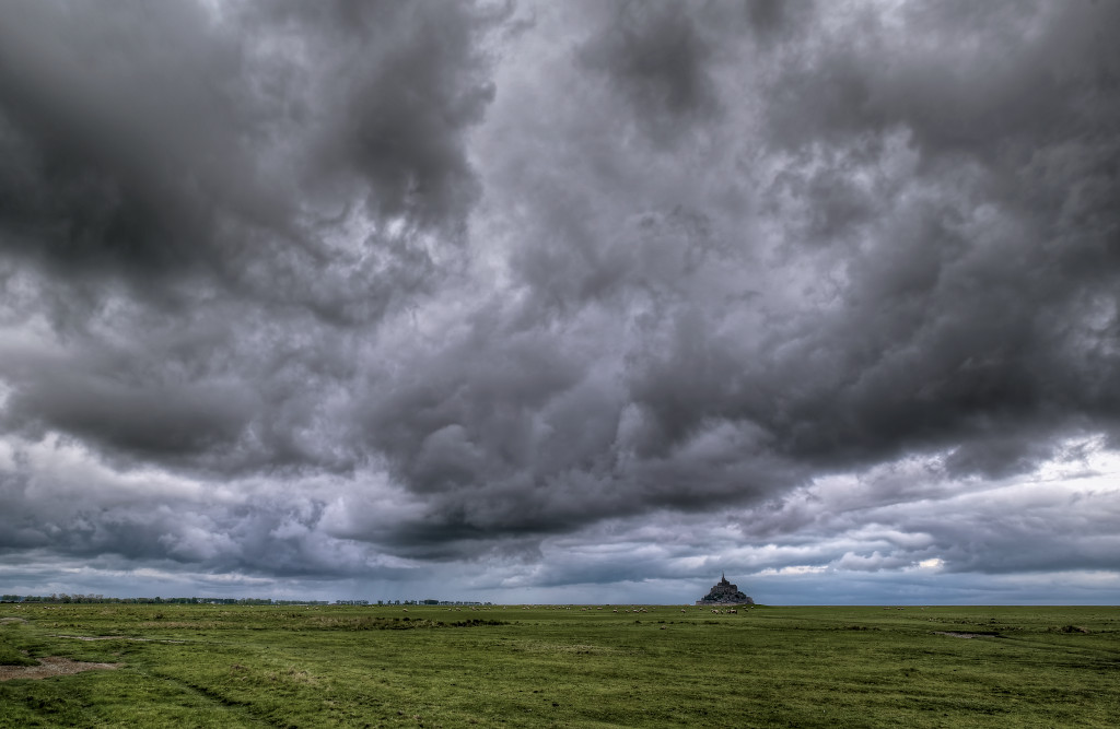 Some stormy clouds over Mont Saint Michel