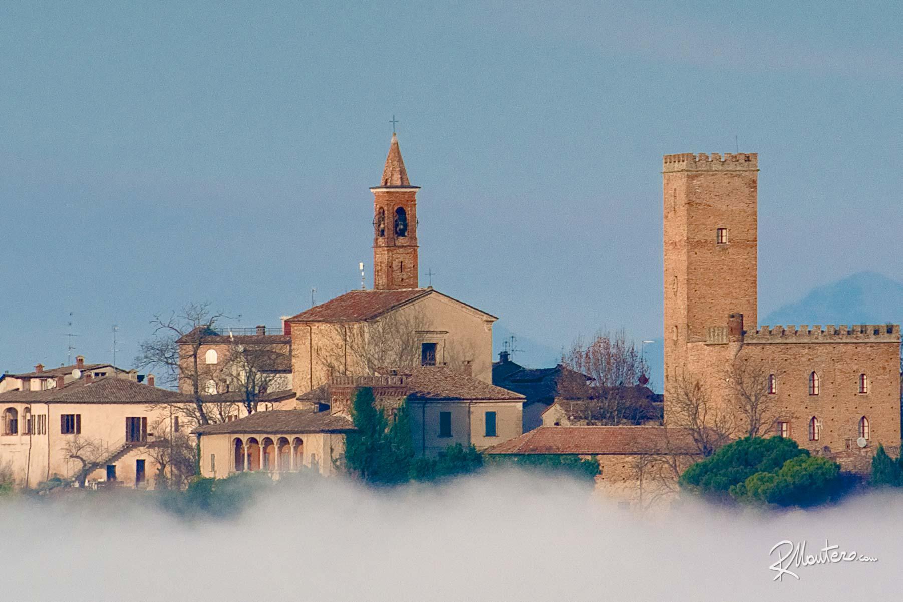 10 - Nazzano Castle 400mm Crop 3