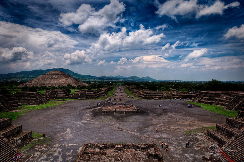 A view of the Teotihuacan Pyramids, wide angle, Districto Federal, Mexico