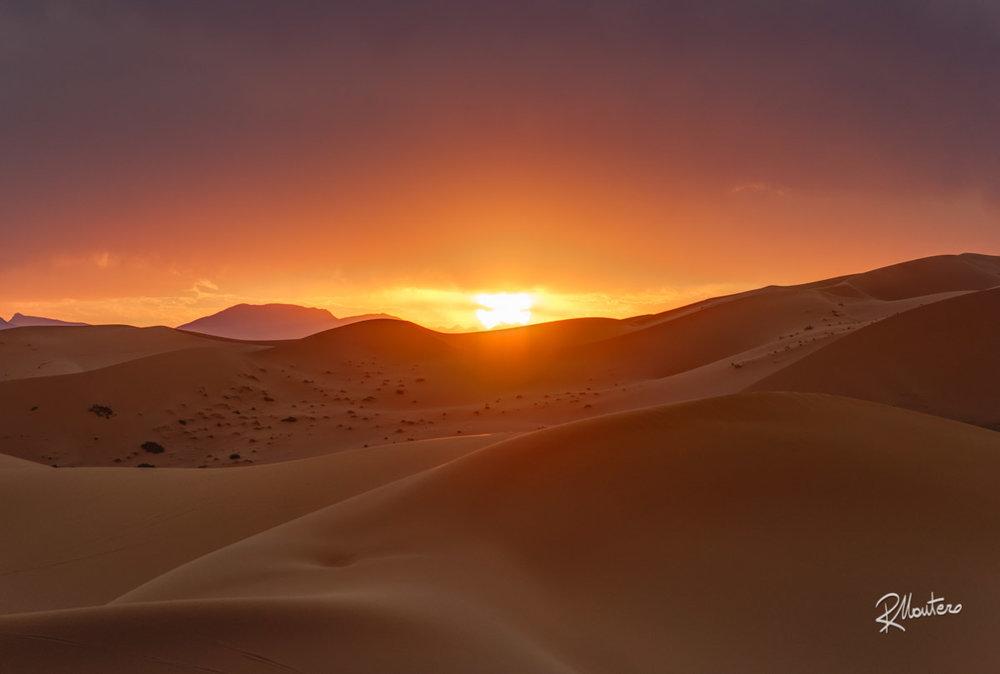 Sensual Sands - Nikon 70-200mm at 200mm - f/4 -1/250s -ISO 200
