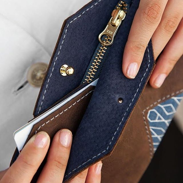 Looking for a new wallet, our @wayawayabags wallet will help you keep all your essentials in one place. What is one essential item that you always carry in your wallet? . . . . . . #leatherwallet  #shophandmade #occupationaljustice #leatherwork #SS19 #newyork #walletwoman #theartofwastingtime #slowfashion #london #makersmovement #madeinafrica #oslo #accesories #minimal #proudlyzambian