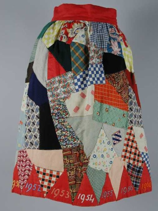 1940s patchwork skirt.   https://museumrotterdam.nl/collectie/item/68520