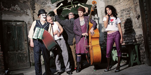 woyzeck1-the-tiger-lillies.jpg
