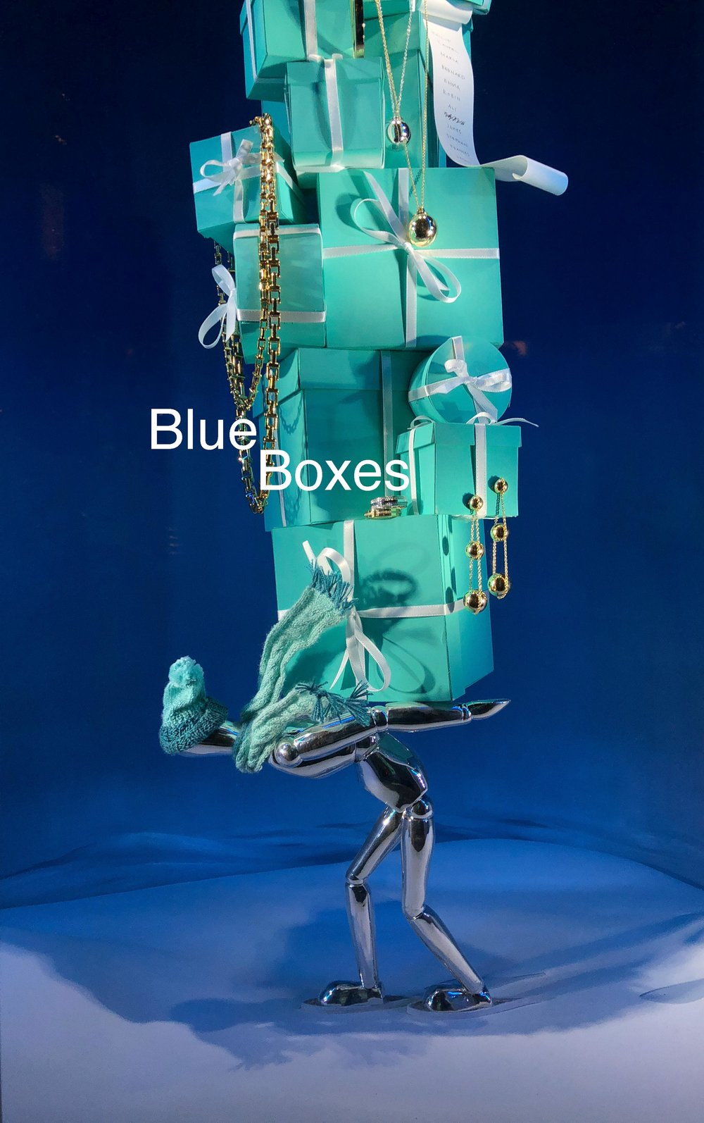 Tiffany-Windows-Blue-Box-VAPB4860-2-3.jpg