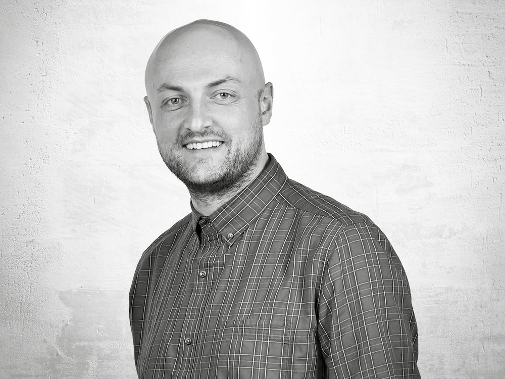 Dave Clowes - Graphic Designer   The go to guy for any brand refreshes and logo designs. Dave's an all round creative guy, experienced in working with a raft of different media. Dave, Paul and Ant make up our creative dream team. Dave has the best sense of humour in the team (according to him!)