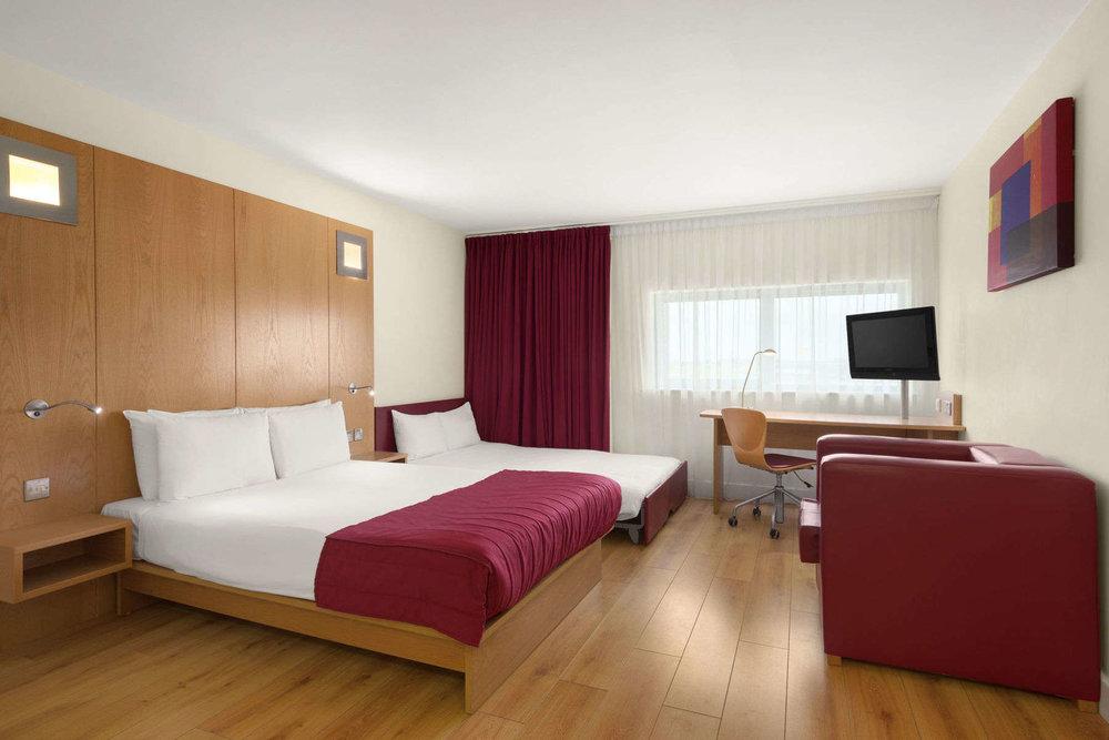 16373_guest_room_1.jpg