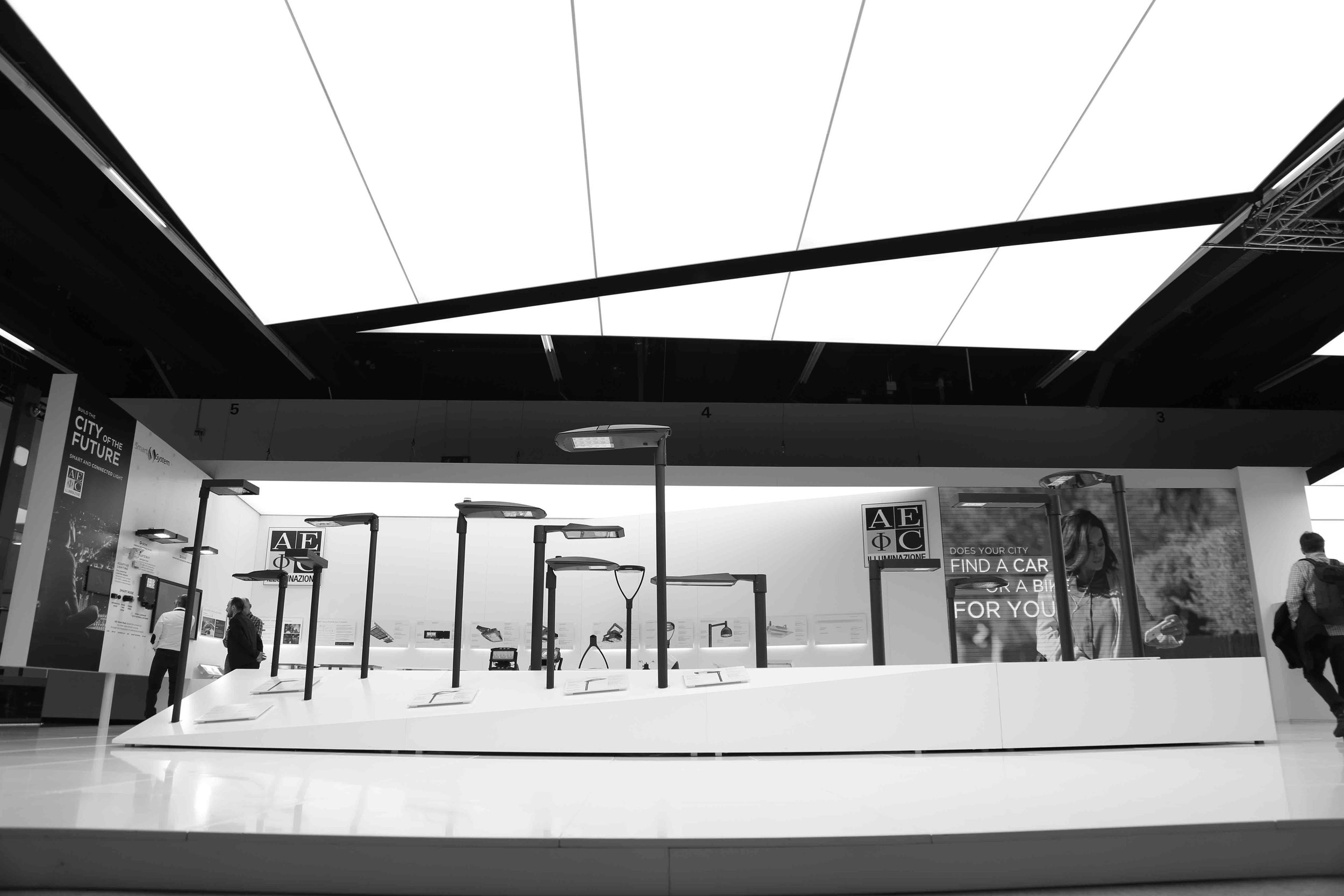 Aec illuminazione eröffnet niederlassung in deutschland on light