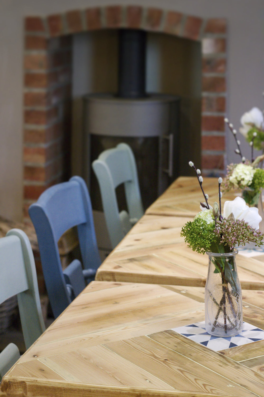 Seating and table in the Bottlekiln café
