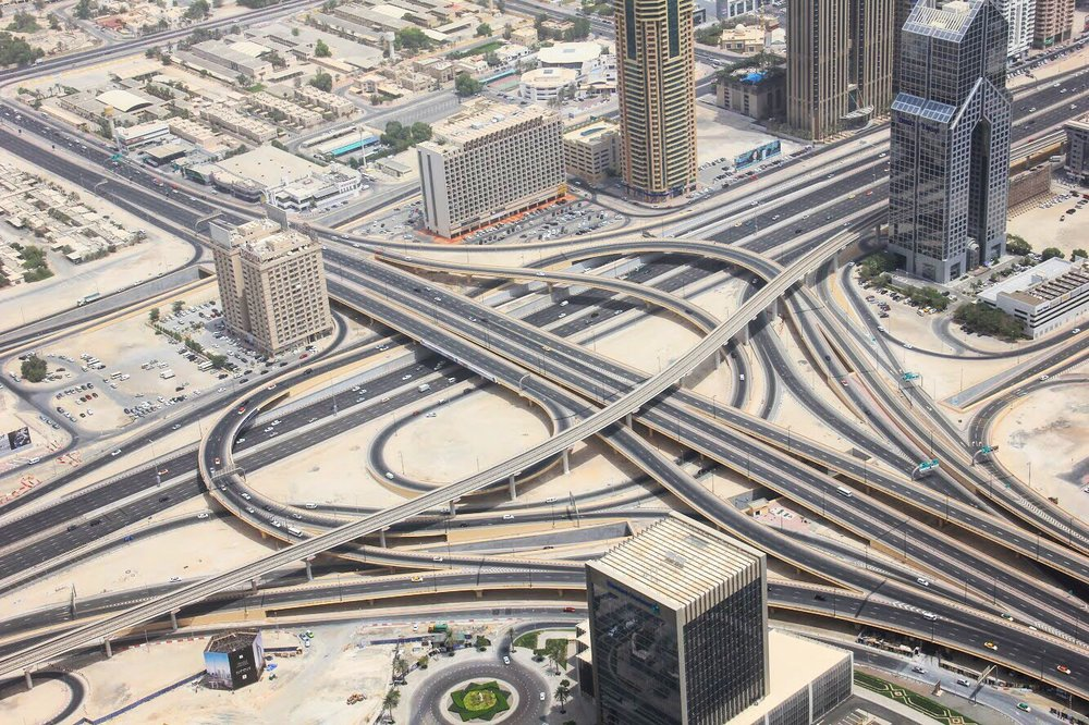The highway seen from the top of the Burj Khalifa. Does anyone need some directions? 🗺