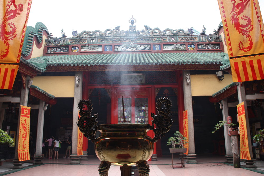 Kuala Lumpur is another example of multicultural society living in harmony 🙏🏽 This is Guan Di Temple.