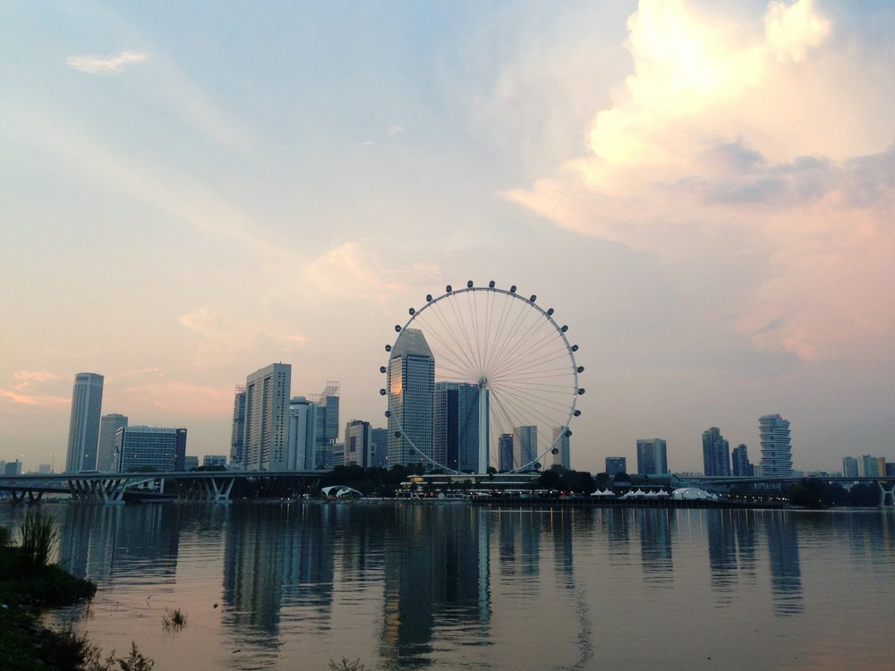The Singapore Flyer was the largest ferris wheel in the world until the one in Las Vegas opened to the public in 2014.