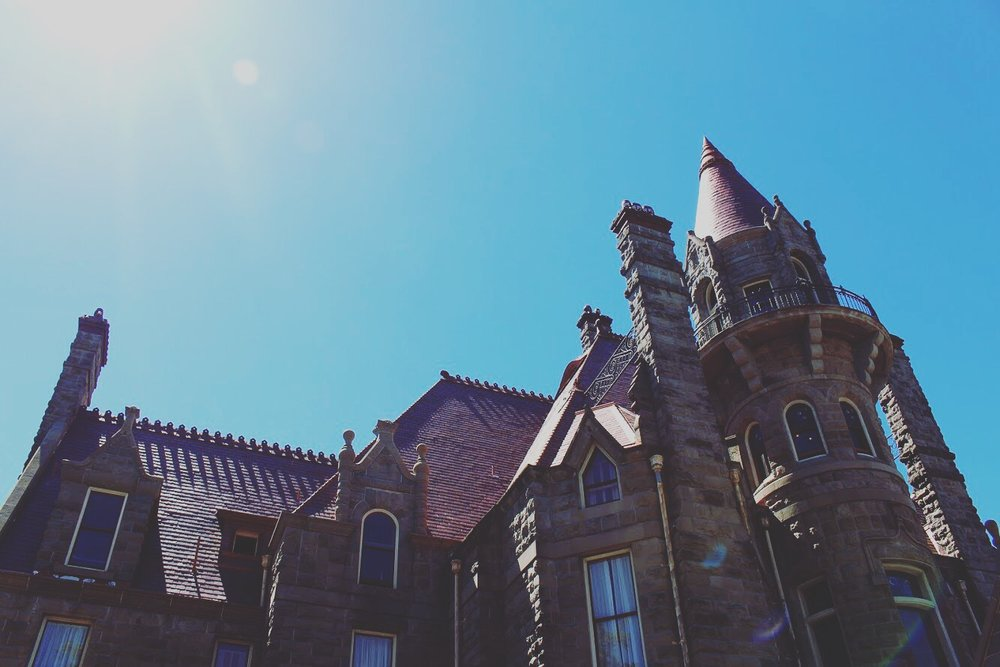 Craigdarroch Castle is a Victorian-style Scottish Baronial mansion located in the heart of Victoria.