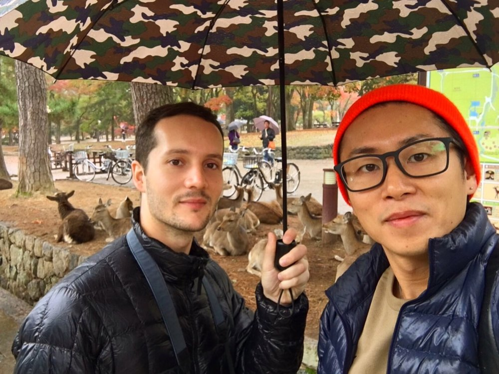 Our deer friends and us 👬🦌🍂 they are literally everywhere in Nara and love interacting with people. They love the cookies!