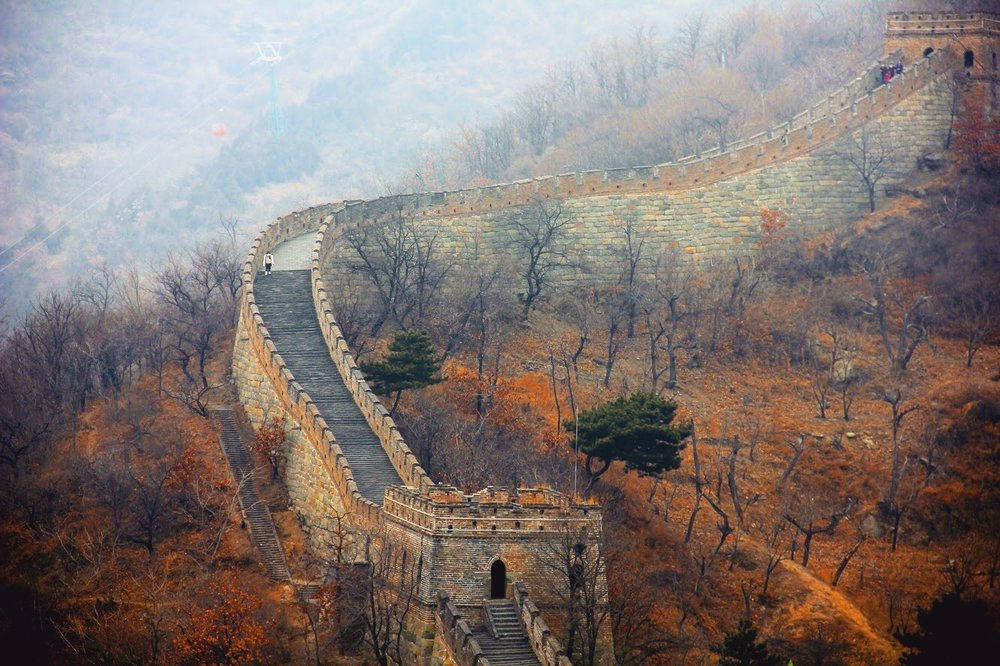 One of the advantages of visiting Beijing during the Chinese New Year is that most of the locals go back to their hometowns for visiting family so many of the main attractions are not as busy as they would during other dates. Look at this beautiful image of the Great Wall with almost no tourists on it! Truly one of the higlights of the trip!