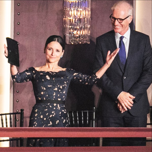Julia Louis-Dreyfus receives applause at Kennedy Center Sunday, October 21, 2018, with husband Brad Hall at her side.